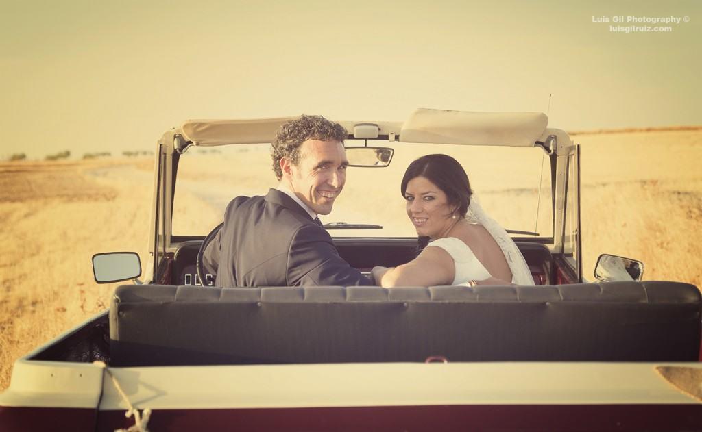 David y Esther de camino